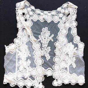 """""""PINKY""""LACE VEST—SIZE SMALL!! EXCELLENT CONDITION!"""
